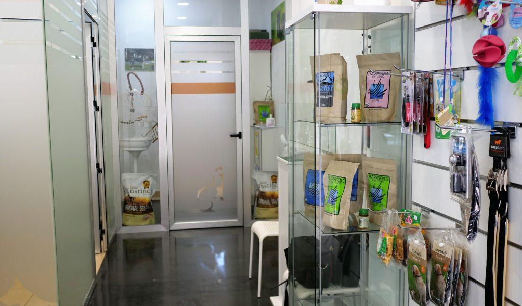 veterinario_wapiti_cangas_instalaciones_pasillo